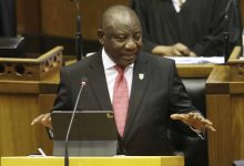 Photo of South Africa's president fights own party over corruption